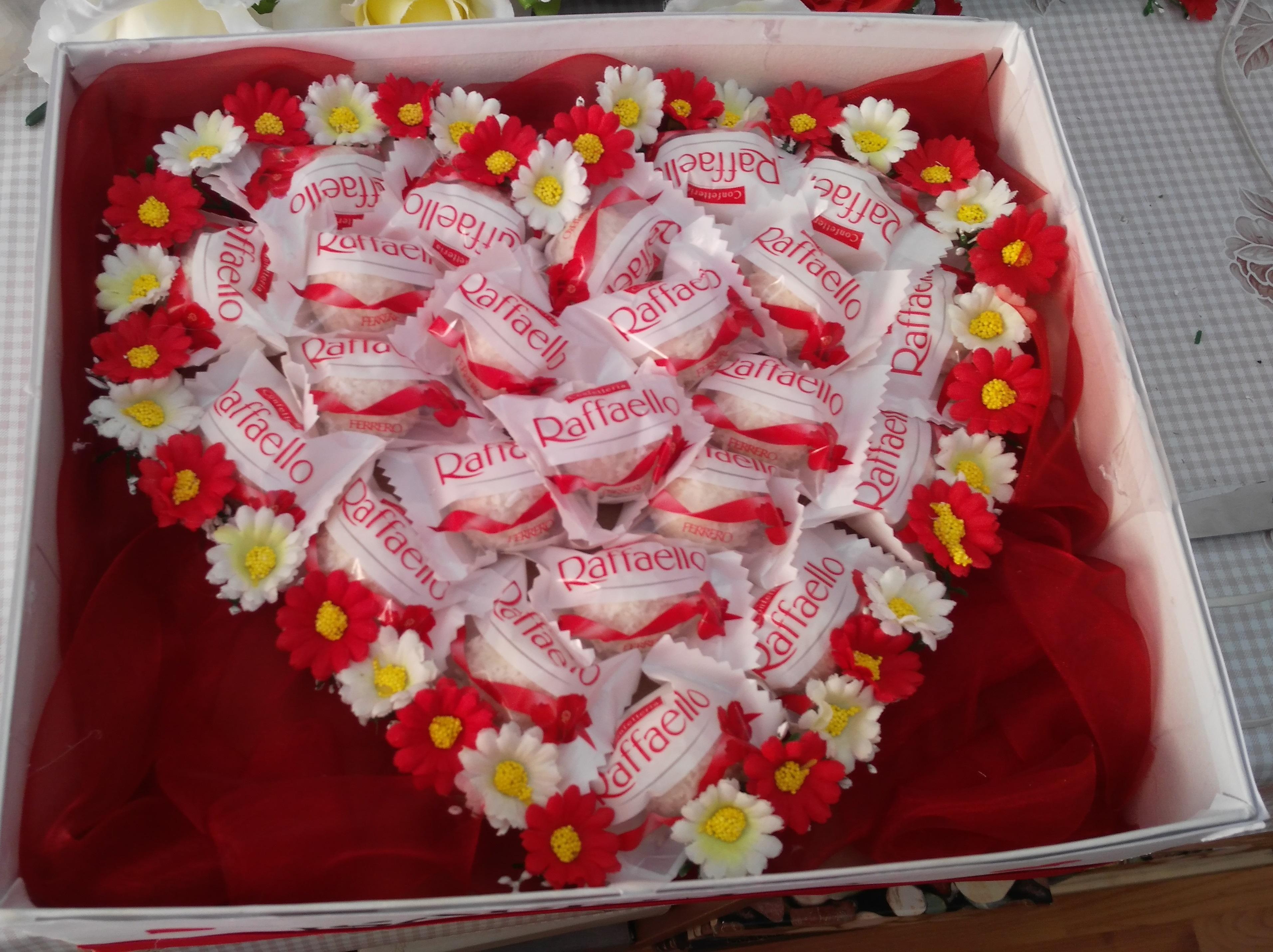 darček s cukrovinkami